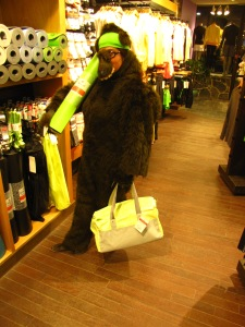 Berry went inside many stores and took pictures there too. Here's Berry at Lululemon checking out bags.